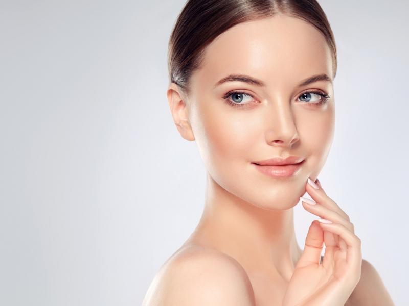 顔の筋トレで小顔にしよう!顔の筋肉を鍛える筋トレ方法3選