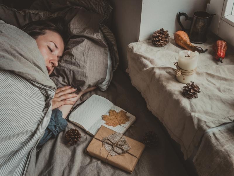 寒い朝、起きるのがツライ…スッキリ目覚める5つのコツ