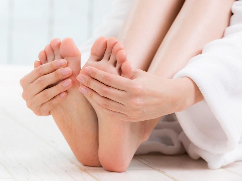 体がだるいと感じたら「足裏」を刺激!覚えておきたい反射区の位置