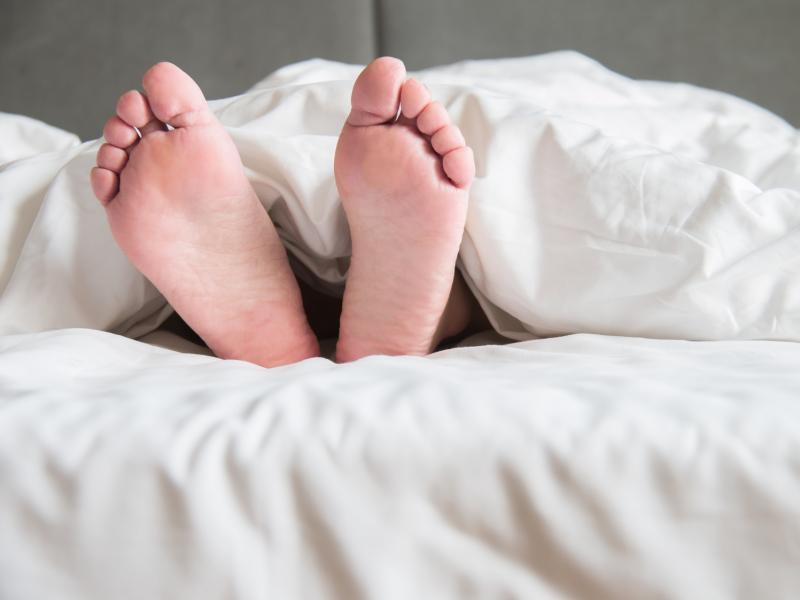 上質な眠りに導く♪快眠リフレクソロジーのやり方
