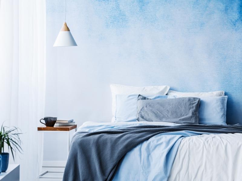 熱帯夜も快眠!快適に過ごせる夏の寝室づくりのポイント