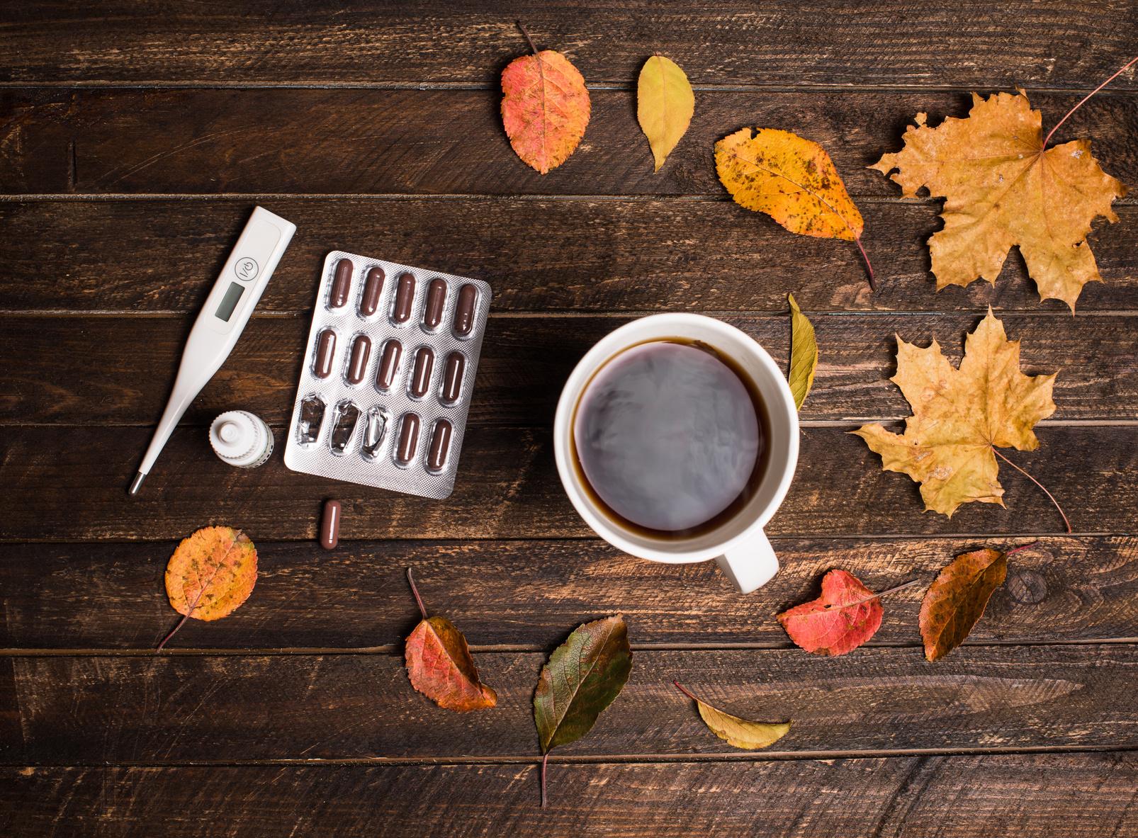 季節の変わり目は体調不良にご注意。秋の寒暖差対策
