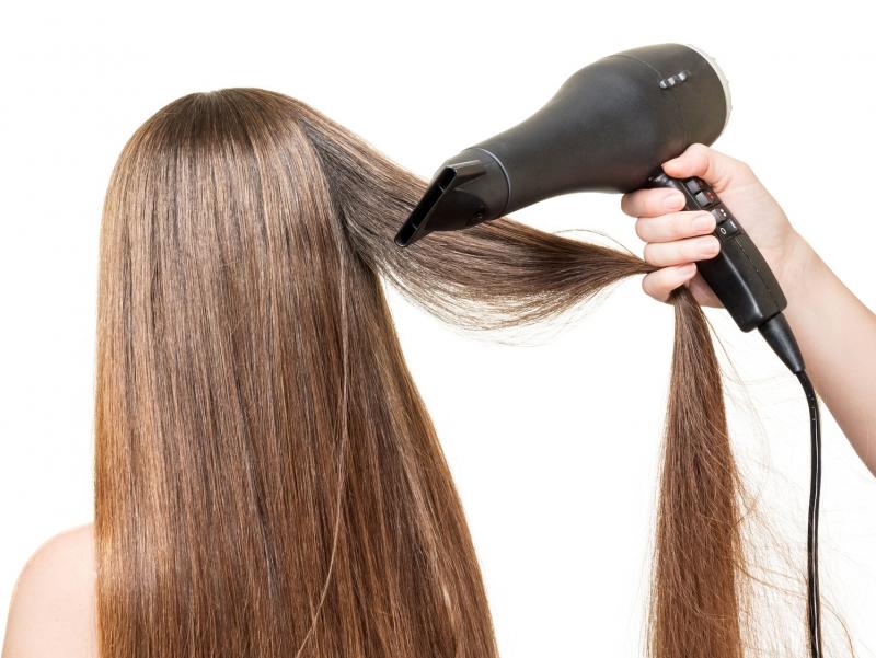 冬の乾燥から髪を守る☆正しいヘアドライで美しい髪へ